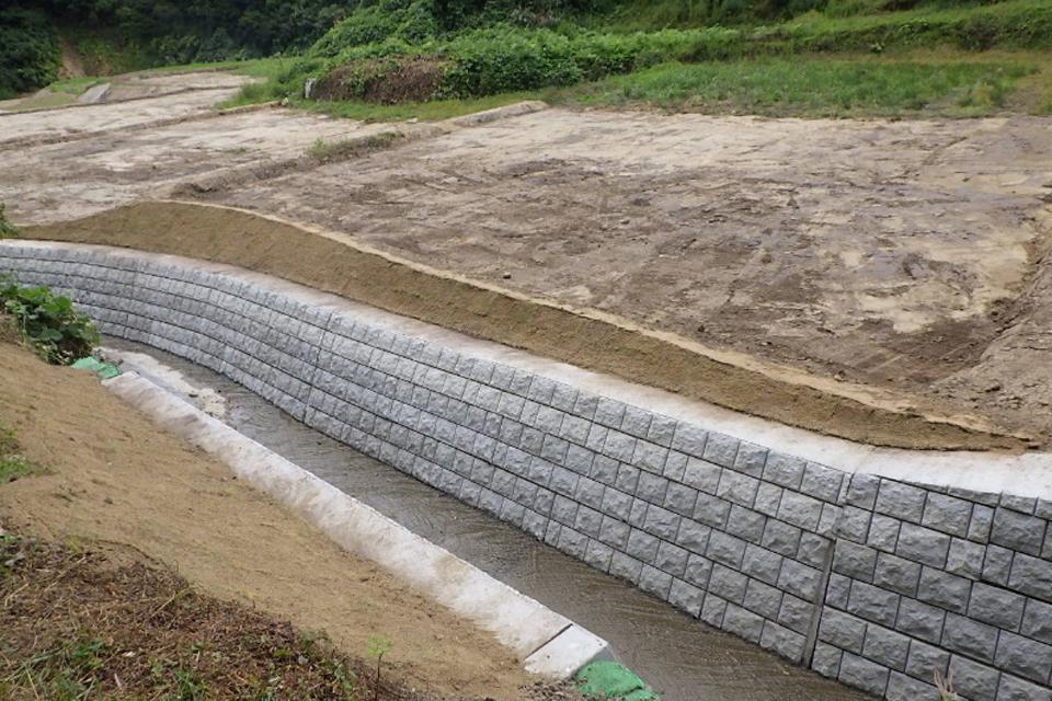 優良工事表彰:準用河川寄木川 左右岸河川災害復旧工事【市町村】
